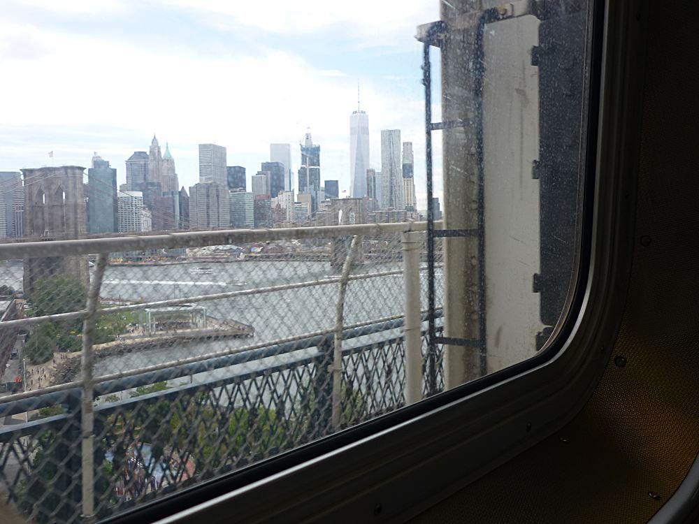 blick-aus-subway-auf-downtown-manhattan