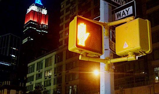 Lichteffekte am Empire State Building – Was die farbige Beleuchtung bedeutet