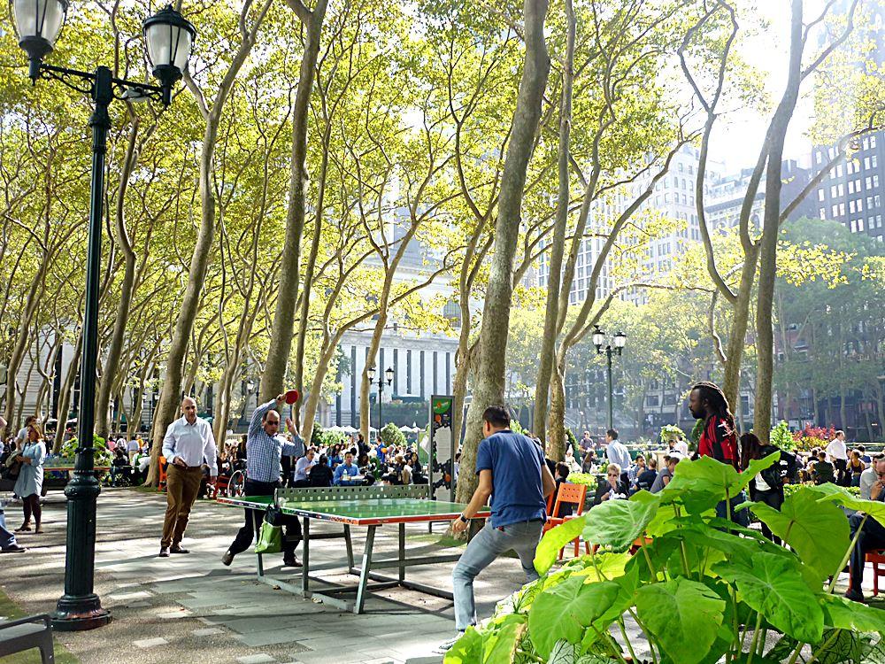 Tischtennis-im-Bryant-Park