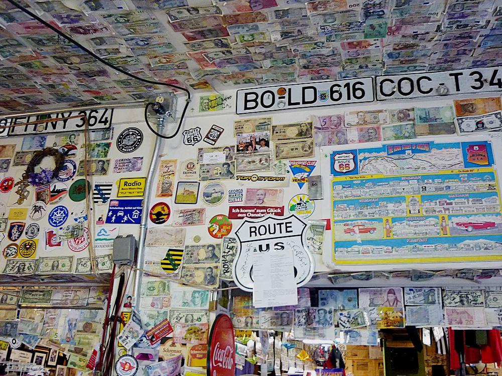 Geldscheine-Autokennzeichen-Route-66
