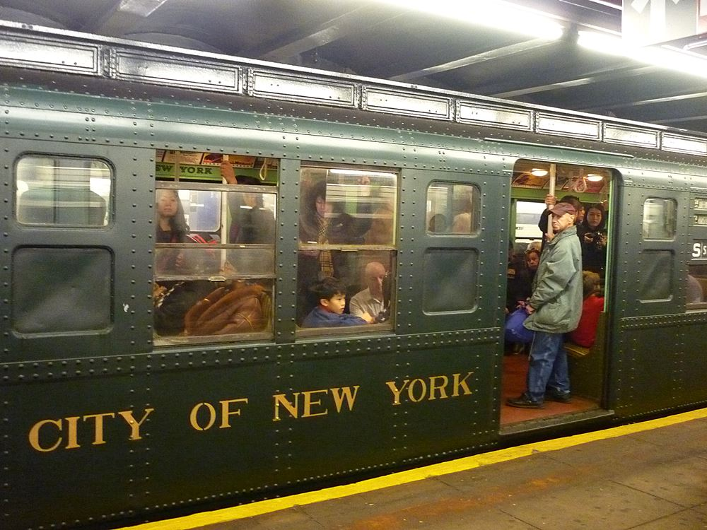nostalgia-train-subway-in-ny