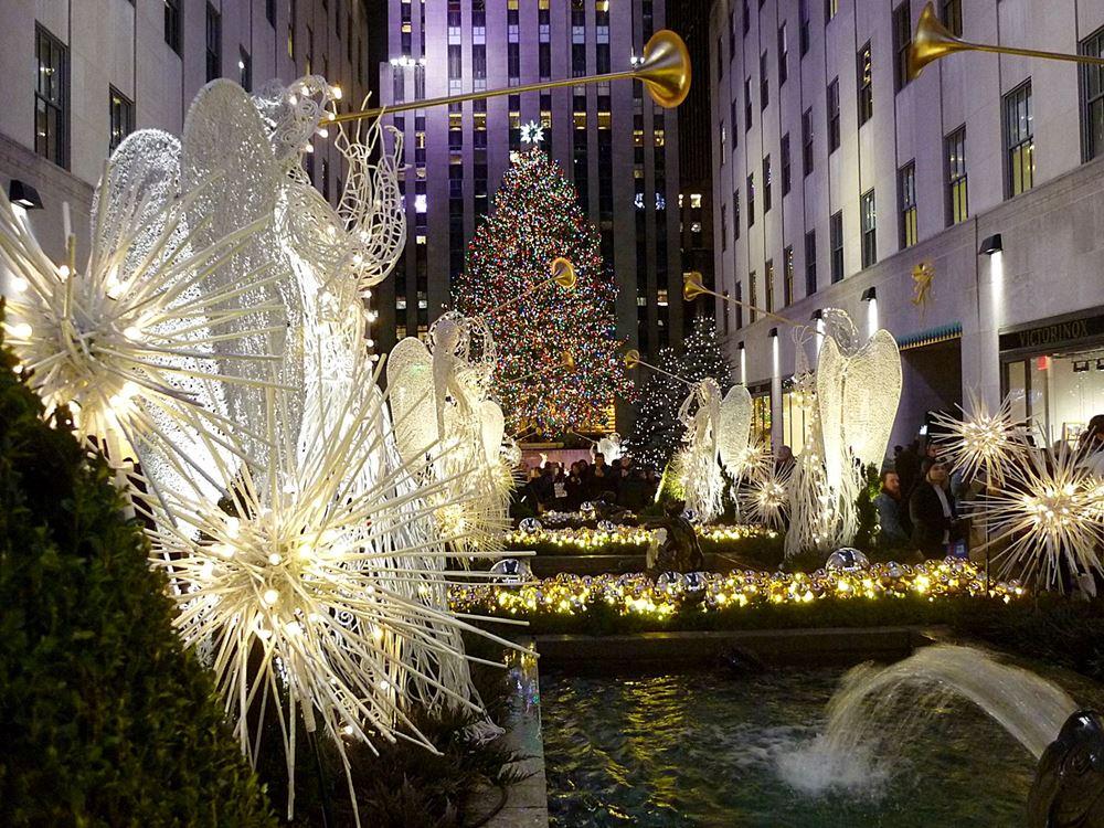 weihnachtsbaum-vor-dem-rockefeller-center
