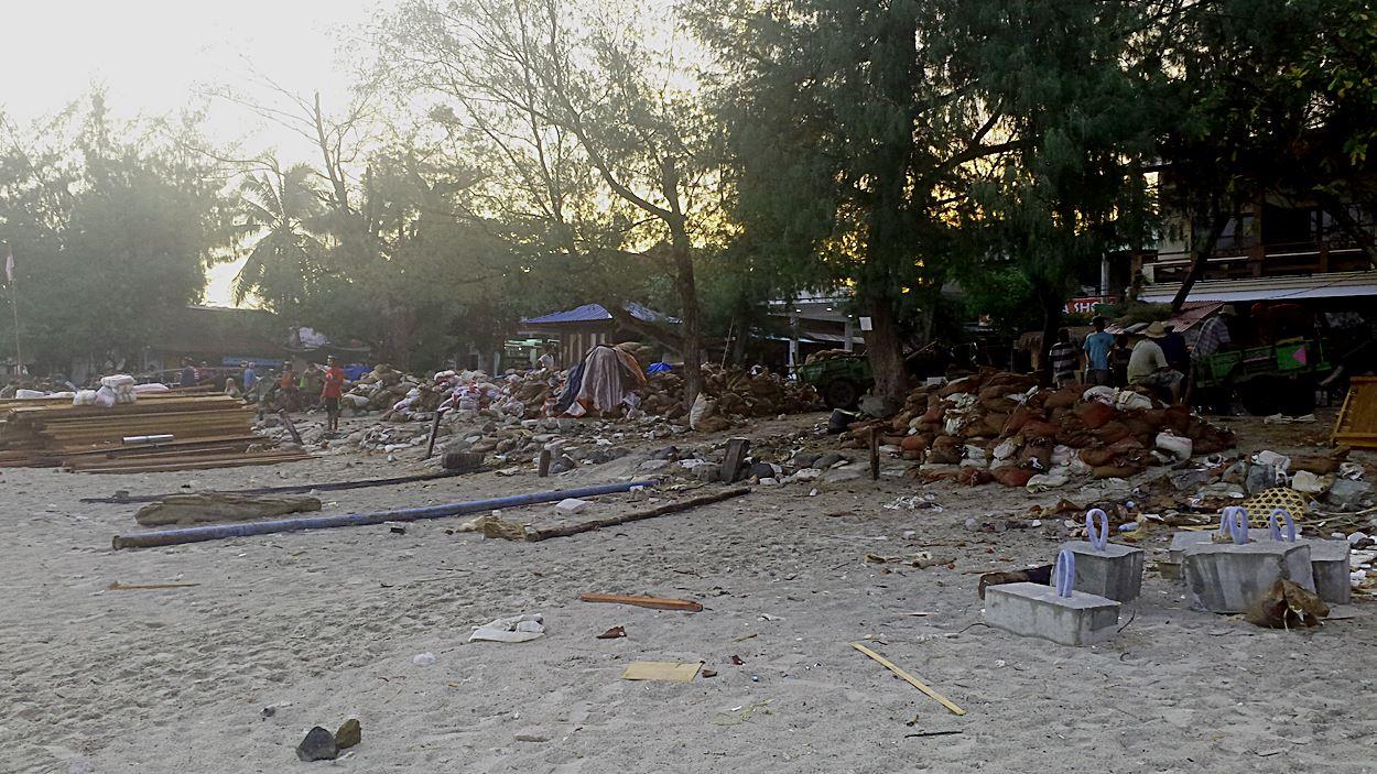 gili-inseln-indonesien-zugemuellt-dreckig