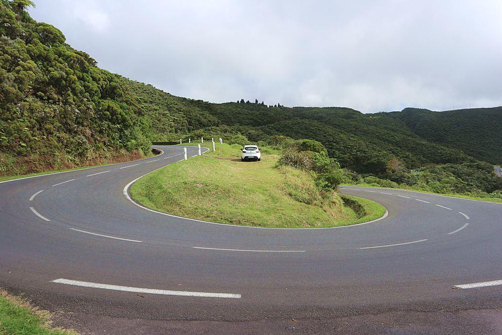 Serpentinen auf La Reunion