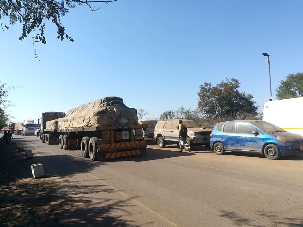 Grenzuebergang nach Sambia