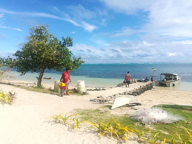 Manono Island Alltag