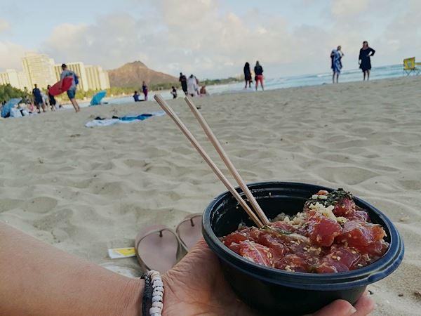 Poke roher Fisch auf Hawaii