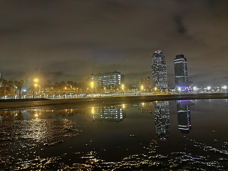 Barceloneta Wasserfront Nacht
